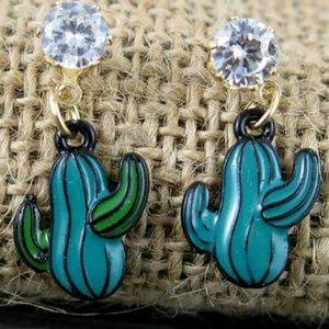Jewelry - Gorgeous CACTUS EARRINGS NEW